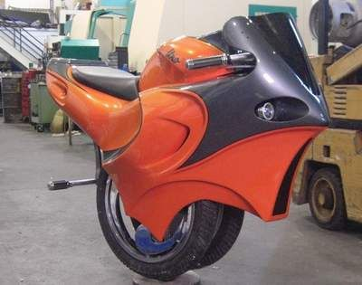invention insolite : Moto monocycle